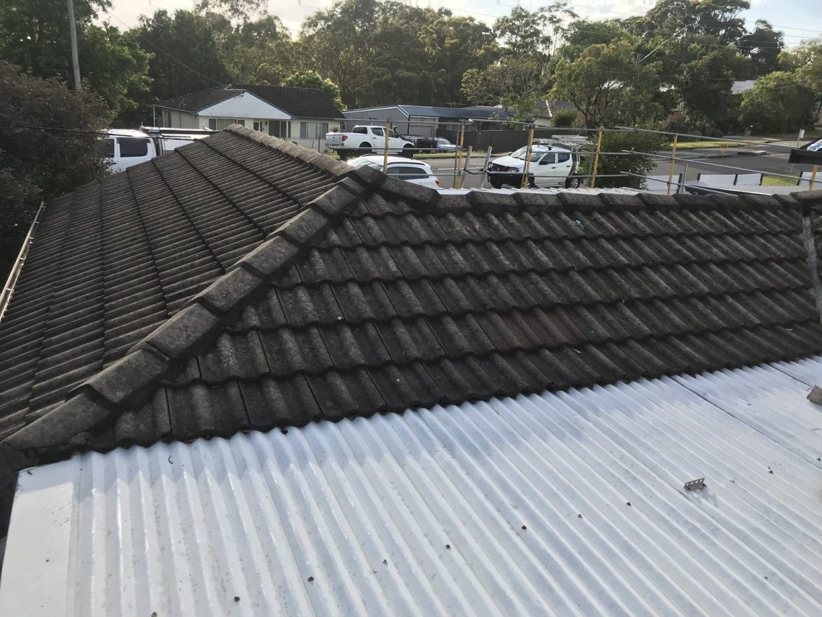 Tingira Heights Roof Replacement-Hunterline Roofing_old roof 1